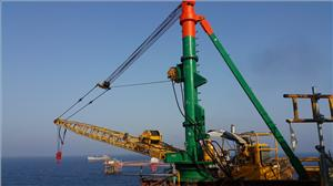 A Sparrow's ECR20 crane on rental in the Middle East (Photo: Sparrows Group)